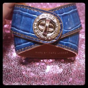 Marc by Marc Jacobs Blue Croc Turnlock Wrap Around